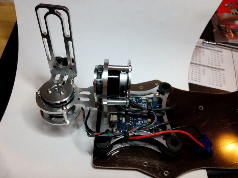 008_14 - Light Brushless Gimbal